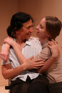 Samfundet, Teaterrepubliken, med Andrea Edwards och Ester Claesson, foto Torbjörn Lindberg